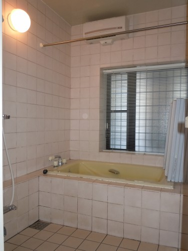 川崎市麻生区のリフォーム会社 リフォーム工房アントレのお風呂の施工事例06-01