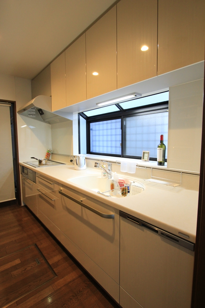 川崎市麻生区のリフォーム会社 リフォーム工房アントレのキッチンリフォーム。トクラス ベリー ハイバックカウンターの施工事例の写真a