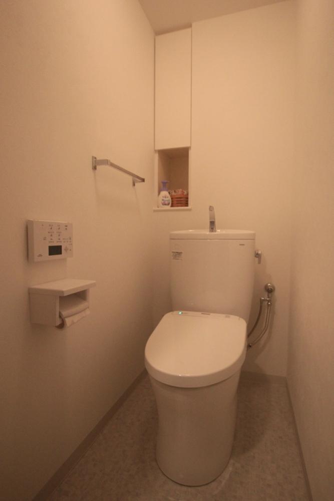 川崎市麻生区にあるリフォーム専門店|リフォーム工房アントレのマンションのトイレリフォームの施工事例写真09b