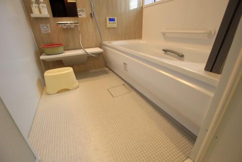 川崎市麻生区にあるリフォーム工房アントレのヘーベルハウス住宅のユニットバス・サザナのリノベーション施工事例_05