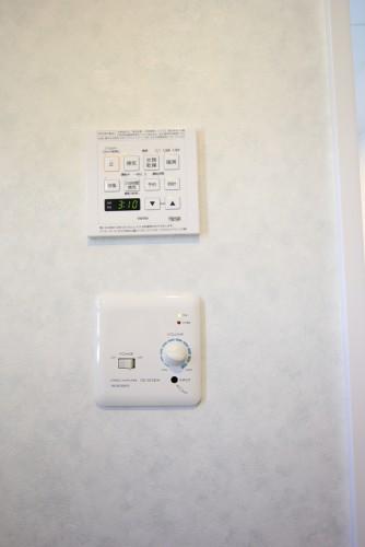 川崎市麻生区にあるリフォーム工房アントレのコーナー窓のあるマンションユニットバスリフォーム・リノベーション事例yokushitsu10_05